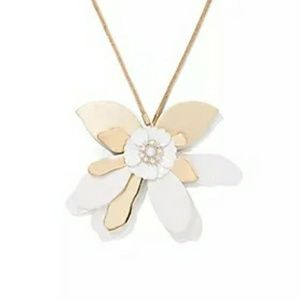 NY & Co Cream & Gold Flower Pendant Necklace